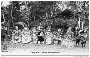 Một gánh hát bội ở SG đầu thế kỷ XIX.