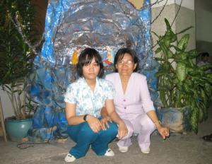 Lê Nguyễn Minh Châu và mẹ ruột Nguyễn Thị Mỹ Nghệ